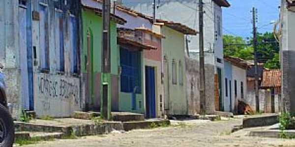 Alcobaça-BA-Casario na Rua próximo ao Porto -Foto:Milton Brigolini Neme