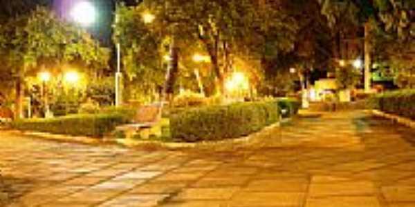Praça vista noturna-Foto:tiagofcarlos