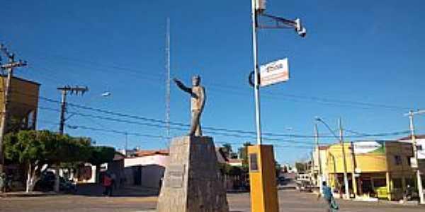 Imagens da cidade de Montalvânia - MG