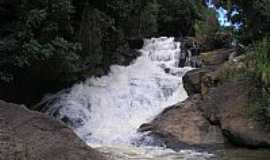 Munhoz - Munhoz-MG-Cachoeira dos Felipes-Foto:www.munhozmg.com.br