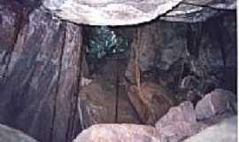 Munhoz - Munhoz-MG-Caverna do Labirinto-Foto:munhozminasgerais