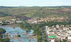 Nanuque - Nanuque-MG-Vista da Ponte sobre o Rio Mucuri-Foto:Evando Costa