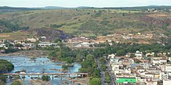 Nanuque-MG-Vista da Ponte sobre o Rio Mucuri-Foto:Evando Costa