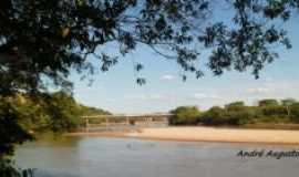 Naque - Rio santo Santo Antônio em Naque, MG, Brasil., Por andré augusto de  oliveira