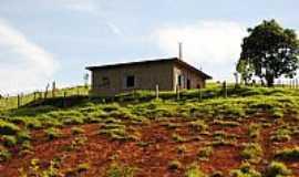 Natércia - Natércia-MG-Casa em área rural-Foto:Gláucio Almeida