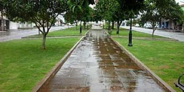 Praça São José - Neolândia MG