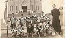 Nova Resende - Cruzada Futebol Club em 1956-Foto:aroldinho dos reis