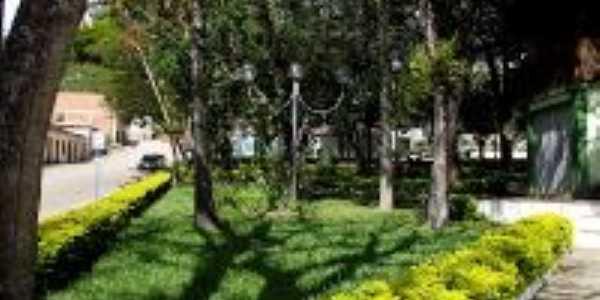 Praça 1 de maio, Por jose jacinto de souza