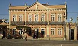 Oliveira - Casa da Cultura Carlos Chagas por Anizio Rezende