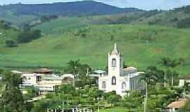 Oratórios - Praça e Igreja de São José em  Oratórios-Foto:bebeti