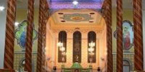 Vista da parte superior do interior da Igreja de São José, Por Isabella Bragione