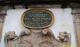 Ouro Preto - Ouro Preto-MG-Placa do Monumento à Tiradentes na Praça dos Inconfidentes-Foto:Josue Marinho