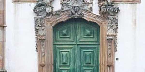 Ouro Preto-MG-Portal em pedra sabão da Igreja de São Francisco-Foto:Josue Marinho