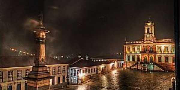 OURO PRETO -MG  Praça Tiradentes Fotografia de David Stephano