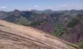 Ouro Verde de Minas -  Foto da Serra, do alto da Pedra de Ouro Verde de Minas- arquivo de 16/01/2012 -Foto:Jason B.Gonçalves
