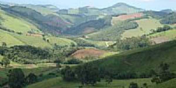 Montanhas no Bairro da Paciência-Fot:oVinícius Montgomery
