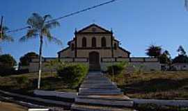 Padre Brito - Igreja em Padre Brito-Foto:Roberto Franco