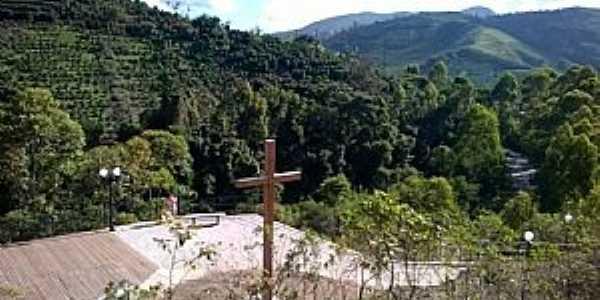 Mirante no Distrito de Padre Júlio Maria, córrego da Vargem Grande. Foto: Rayssa Coelho