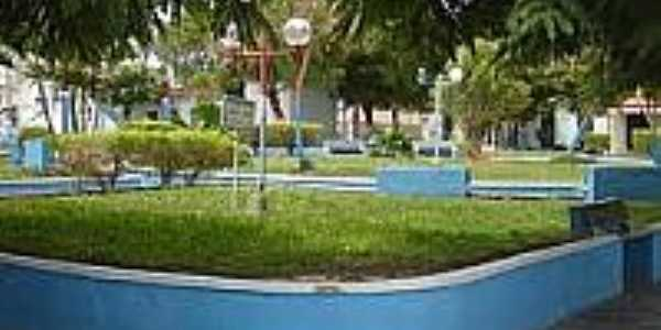 Praça José Ambrósio em Pai Pedro-Foto:citybrazil.postada por:osvaldo ferreira