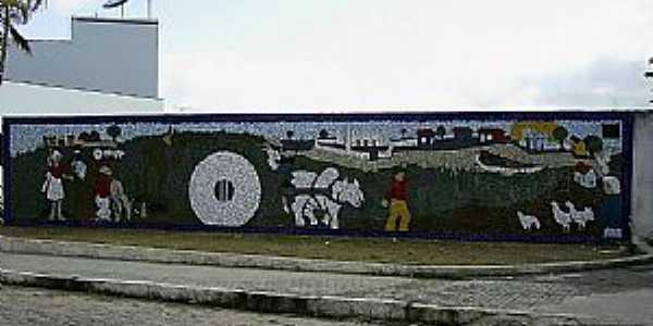 Am�lia Rodrigues-BA-Mural no centro-Foto:Otavio Cardoso