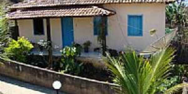 Casa em Palmital-Foto:Carmoro