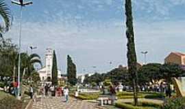 Paraguaçu - Praça Oswaldo Costa-Foto:  Júlio C. Bueno