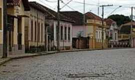 Paraguaçu - Rua Ferreira Prado-Foto:Júlio C.Bueno