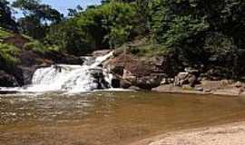 Parais�polis - Cachoeira dos Henriques,Bairro dos Martins em Parais�polis-MG-Foto:ACCosta