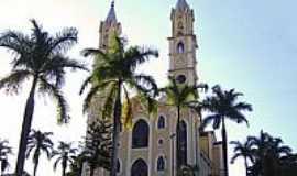 Passos - Igreja de N.S.da Penha-Foto:Vicente A. Queiroz
