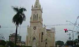 Patos de Minas - Igreja Matriz de Santo Ant�nio em Patos de Minas-Foto:montanha