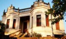 Patos de Minas - Palacete Antigo, Por lizandrojunio