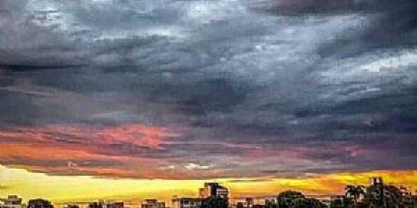PATOS DE MINAS - MG LAGOA GRANDE  Fotografia de Hiago Victor