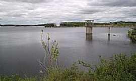 Anag� - Lago da Barragem em Anag�-BAHIA por Ricardo Vinagre