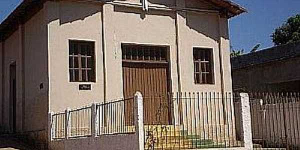 Paula Cândido-MG-Igreja de São Sebastião-Foto:www.fmradiomaster.com.br