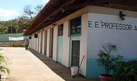 Peçanha - Peçanha-MG-EE.Prof.Adelardo da Cunha-Foto:henriquebelzonte