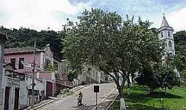 Pe�anha - Pe�anha-MG-Rua da Matriz-Foto:www.riobrasil.net