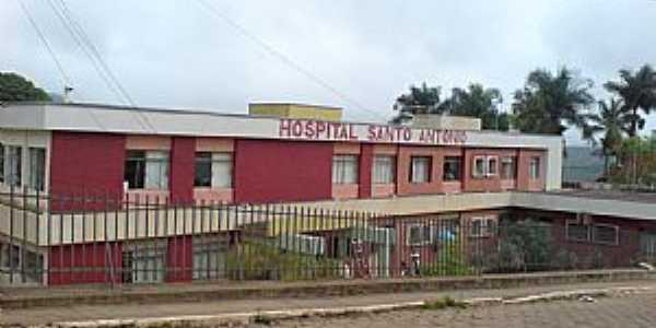 Pe�anha-MG-Hospital Santo Ant�nio-Foto:hcmiranda2203