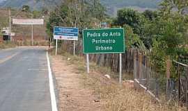 Pedra do Anta - Pedra do Anta-MG-Entrada da cidade-Foto:Mario M.da Penha