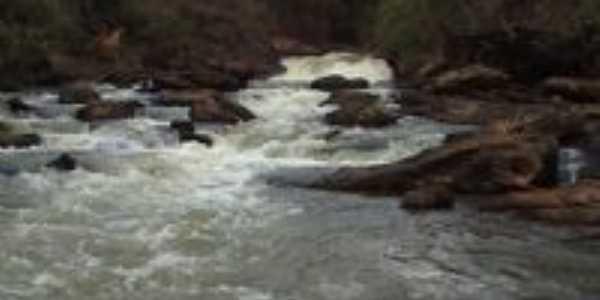 cachoeira, Por Enêdes