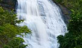 Pedra Dourada - Cachoeira do Varand�o-Foto:sgtrangel