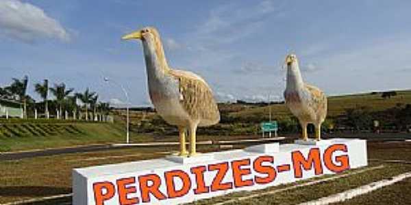 Perdizes-MG-Perdizes na entrada da cidade-Foto:Anirak