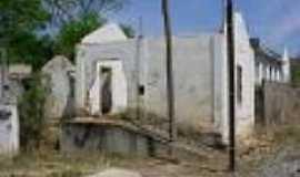Perdões - Casas de turma em ruínas