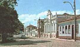 Perdões - Praça da Matriz