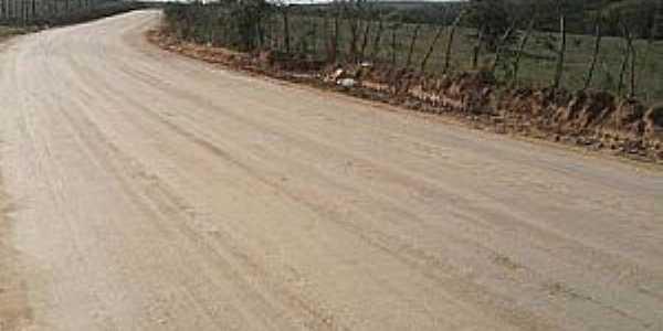 Angico-BA-Estrada em Angico-Foto:Agmar Rios