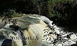 Piedade de Caratinga - Cachoeira-Foto:Mohammad alberth