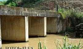 Piedade de Caratinga - Ponte-Foto:Mohammad alberth