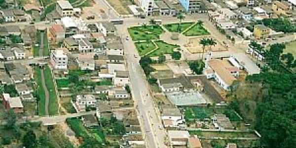 Piedade de Caratinga-MG-Vista aérea da cidade-Foto:Viviane Correa G.