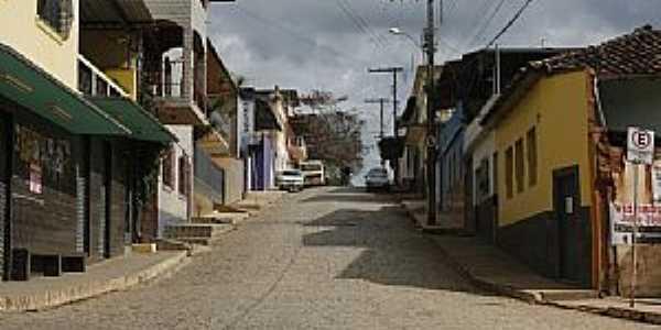Piedade de Ponte Nova-MG-Rua da cidade-Foto:ianobre