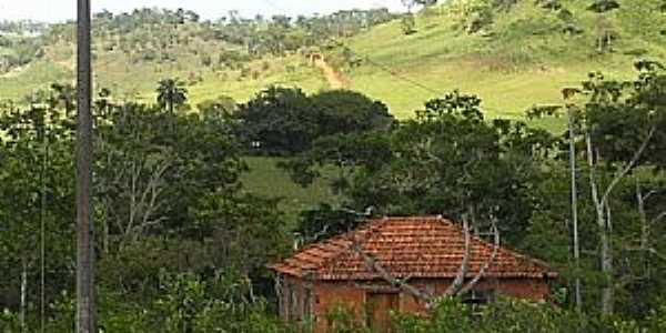 Pindaíbas-MG-Casa em área rural-Foto:Iriberto Mota