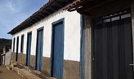 Pinheiros Altos - Pinheiros Altos-MG-Casarão Colonial Histórico-Foto:CARNEIRO